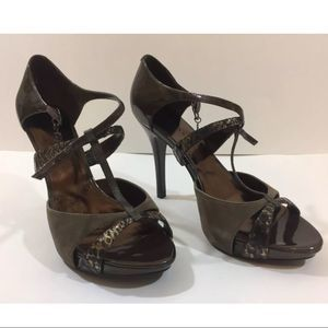 Guess by Marciano Hansen4 Brown Patent Leather 9 M